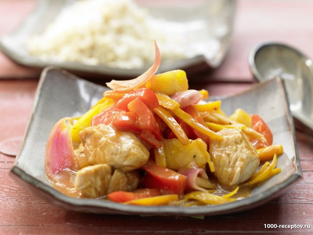 блюдо на тарелке с овощами