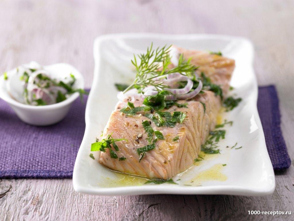 Филе лосося с шафрановым маслом